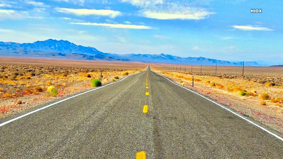Beautiful Empty Road Hd Wallpaper