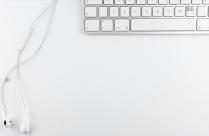 Hd Background With White Keyboard And Headphones